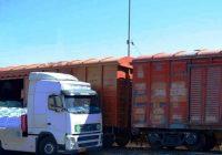 نخستین محموله میلگرد صادراتی در راه آهن رشت بارگیری شد